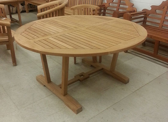 Hestercombe Round Dining Table